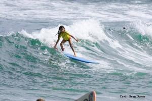 Menehune surfing at Haleiwa, 10.14.06